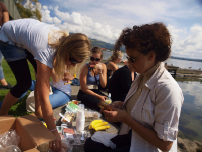 Picknicking with German AuPairs, Rotorua