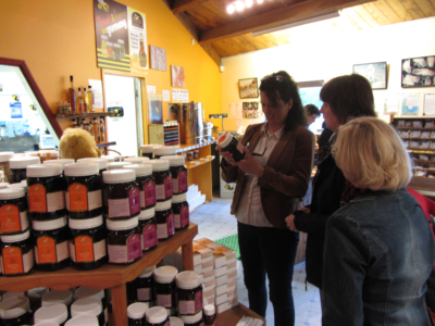 manuka honey, warkworth, honey centre