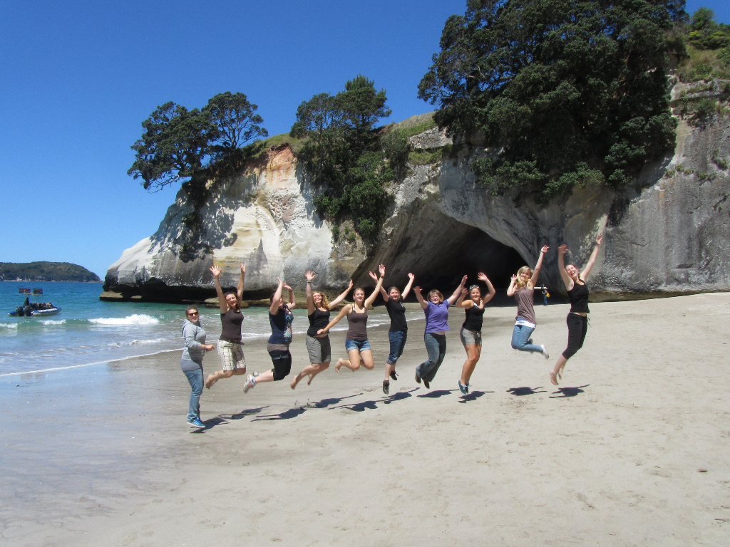 cathedral cove, coromandel, north island, aupair