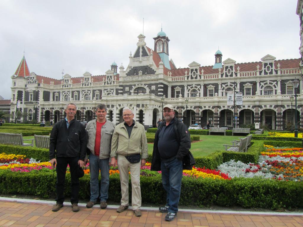 Dunedin, Railway Station, Bahnhof, deutsche reisegruppe