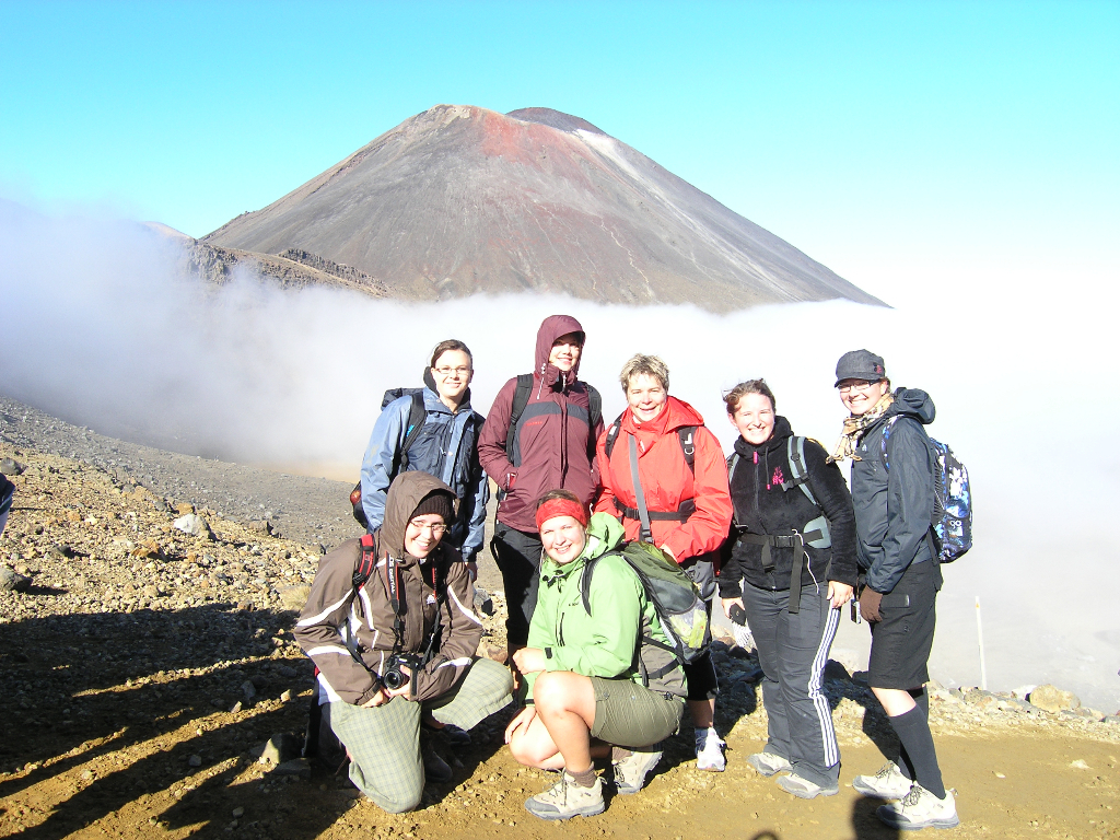 Tongariro Crossing, German AuPairs